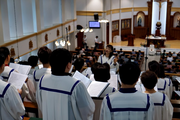 신부님영명축일2005.JPG