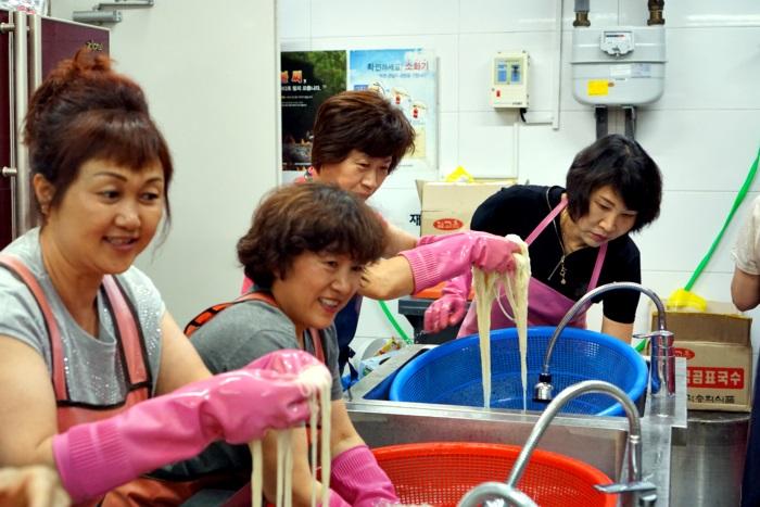 신부님영명축일2011.JPG